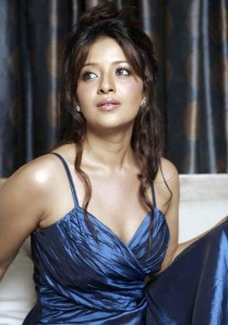 https://fotografdunyasi.files.wordpress.com/2011/08/reema-sen2b_1__002.jpg?w=209
