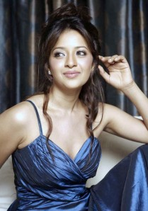 https://fotografdunyasi.files.wordpress.com/2011/08/reema-sen2b_4__002.jpg?w=209