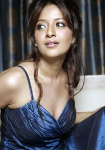 https://fotografdunyasi.files.wordpress.com/2011/08/reema-sen2b_7__002.jpg?w=209